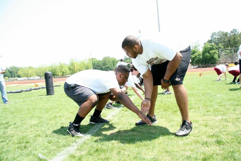 Drills with NFL Guard Cordaro Howard