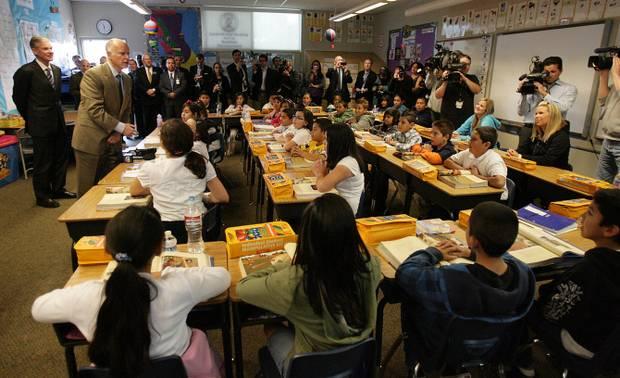 Terry Pierson/The Press-Enterprise  Gov. Jerry Brown speaks in Susan Cummins' 4th grade class at Arlanza Elementary School in Riverside in 2011.