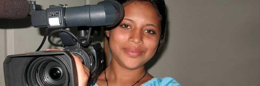 Fara-with-camera1