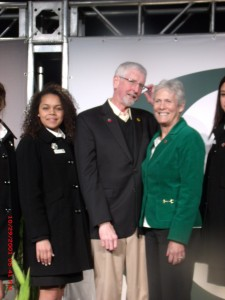Rose Bowl Queen Madison Triplett with U of  Oregon President Scott Coltrane and wife
