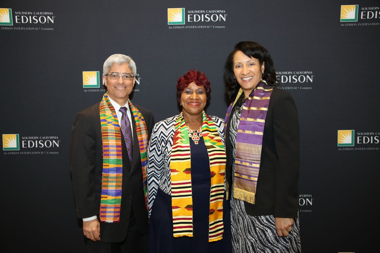 Linda Wright (middle), president/CEO/founder of the Moreno Valley Black Chamber of Commerce, shares a moment with Southern California Edison (SCE) President Pedro Pizarro (left) and Lisa Cagnolatti (right), vice president, Business Customer Division during SCE's annual Black History Month celebration.  The chamber was the recipient of the Diverse Business Enterprise Award for its commitment to the economic, civic, commercial, cultural, industrial and educational interests of the area.
