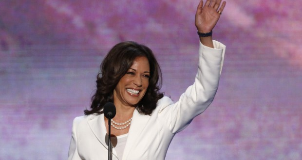 California Attorney General Kamala Harris arrives to address delegates during the second session of the Democratic National Convention in Charlotte, North Carolina, September 5, 2012.    REUTERS/Jason Reed (UNITED STATES  - Tags: POLITICS ELECTIONS)   - RTR37JKV