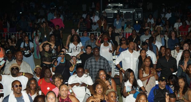 Friday night's crowd during the 2nd Annual LA Soul Fest (Photo Credit: Kristina Dixon/ 11:ONE VISUALS)