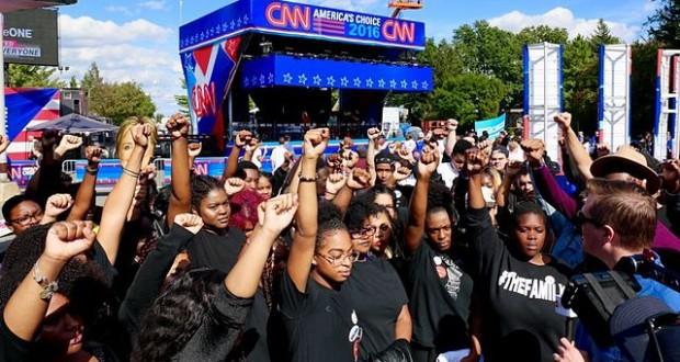 Black_Lives_Matter_protest_(first_debate_2016)