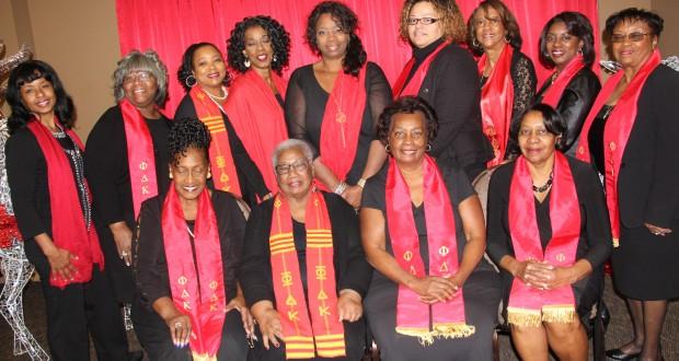 Group photo of Delta Rho Chapter members present. (Photo credit: John Coleman/Community Photographer).